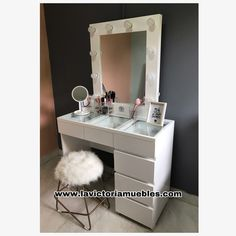 Dressing Room Decor, Dressing Mirror, Bed Furniture, Furniture Design, Andys Room, Make Up Storage, Kawaii Room, Room Ideas Bedroom, Apartment Living