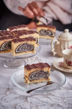 Fekete rózsa | Street Kitchen Sweet Recipes, Cake Recipes, Poppy Cake, Good Food, Yummy Food, Hungarian Recipes, Creative Cakes, Winter Food, Cake Art