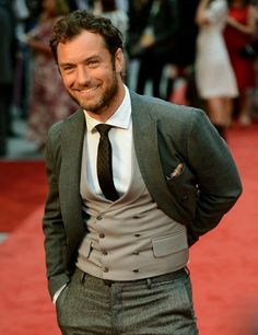 "- Jude Law - US actor/film producer/director, Chevalier of the ""Ordre des Arts et des Lettres"" (Order of France), totally ridiculous in the first seconds of the Dior Homme ad (""ooouuuhhh""... ridiculous I said!). Best roles: Gattaca, The Talented Mr Ripley and Sherlock Holmes. 4 children, one-million $ smile, 3-day beard and terrible sex-appeal in a suit. A man, a real one."