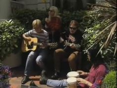 The Smashing Pumpkins playing an acoustic version of Mayonaise in London, 1993.