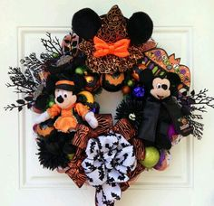 Mickey and Minnie Halloween wreath....perfect for Morgan....