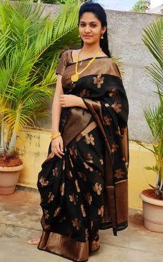 Indian Beauty Saree, Indian Sarees, Indian Face, Most Beautiful Bollywood Actress, Saree Photoshoot, Beauty Full Girl, India Beauty, Pretty Woman, Desi