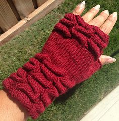 Knitting Pattern Name: Knit Tuck Fingerless Mitts Free Pattern by: Irene Bautista