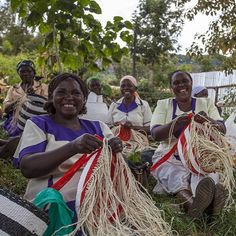 Meet our merry artisans, weaving Mifuko Kiondos in the protective shade of a huge tree!  Kiondo weaving is a traditional Kenyan craft. Kiondo is a handwoven basket, traditionally made from sisal. Leather straps are sometimes attached, making the basket a handy bag. Our Mifuko Kiondos, woven by Kamba women in small villages in Machakos area, are skillfully crafted using these traditional methods, combining the techniques with Finnish design.