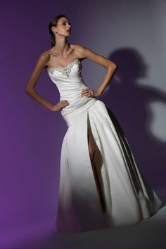 Victor Harper - Couture  Designer Bridal Gown - Style VHC222