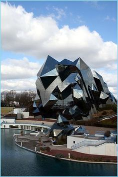 Intriguing design! Glass Architecture - Futuruscope Poitiers, France