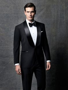 photography is a professional photography studio based in Istanbul who are leaders in - fashion, commercial, product photography. Formal Attire For Men, Formal Suits, Blue Tuxedo Wedding, Wedding Suits, Designer Suits For Men, Designer Clothes For Men, Mens Evening Wear, Traje Black Tie, Custom Tuxedo