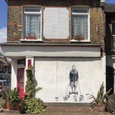 The Queen Graffiti East Dulwich From the PaintSewGlueChew instagram feed.