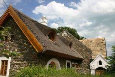 Tihany - tervező: Mérmű Építész Stúdió Storage Facility, Traditional House, Old Houses, Countryside, Farmhouse, Cottage, Architecture, House Styles, Cabins