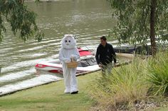 The Easter Bunny arrives Deni style Easter 2014, Holiday Park, Easter Celebration, Resort Style, Easter Bunny, Activities For Kids, Have Fun, Scenery, Celebrations