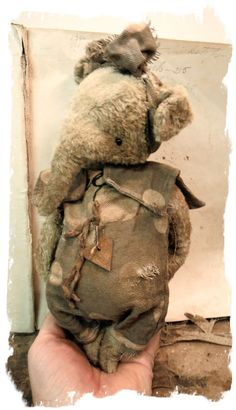 """Image of Old Tattered Ellyfont * 9"""" Antique Style Elephant* By Whendi's Bears"""
