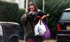 Anne Naysmith, une pianiste concertiste ... qui finit par vivre dans une voiture à Chiswick, refusant l'assistance sociale, le relogement forcé, bref: le statut d'indigente...