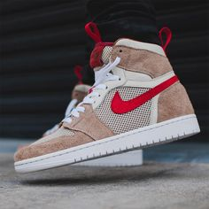 9bc4cf65ce01 This stunning  Mars Yard  Air Jordan 1 merges one of the most hyped colabs