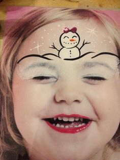 Cute Snowman Faces to Paint Face Painting Designs, Painting Patterns, Body Painting, Tinta Facial, Christmas Face Painting, Cheek Art, Face Paint Makeup, Snowman Faces, Reindeer Face Paint
