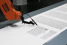 """Actualité / """"Robotlab"""" et la main de Dieu mécanique / étapes: design & culture visuelle"""