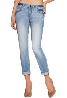 JustFab BoyFriend Jeans these are the go to jeans for the Summer, white t-shirt, layered tanks, sandals, heels, or flip flops you choose, just perfect! #justfabonline