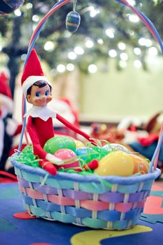 Elf on the Shelf....confused what holiday it is!!