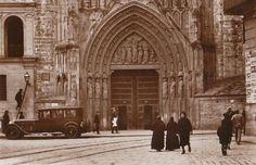Puerta de los Apóstoles. Años 20.