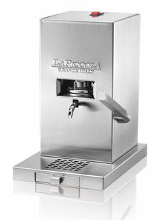 La Piccola Piccola a very small Espresso Machine from Italy - colour: stainless steel Small Espresso Machine, Perfect Cup, Coffee Maker, Kitchen Appliances, Cool Stuff, Kitchen Stuff, Passion, Stainless Steel, Italy