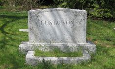 Tripping Over My Roots: Tombstone Tuesday - The Gustafsons of Manchester, CT
