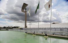 Principais Obras de Oscar Niemeyer - No Brasil e No Exterior - Memorial JK em Brasília