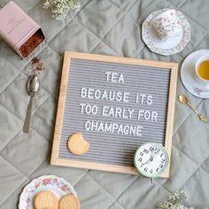 De leukste thee quotes en teksten Tea Quotes, Qoutes, My Tea, High Tea, Blog Tips, Beautiful Words, Tea Time, Letter Board, Champagne