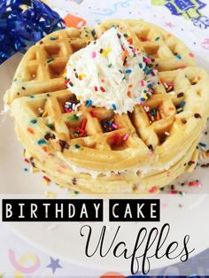 birthday breakfast These special funfetti birthday cake waffles will put a smile on anyones face! Theyre easy to make, so you can spend less time in the kitchen and more time celebrating! Waffle Cake, Pancakes And Waffles, Cake Batter Waffles, Waffle Waffle, Breakfast Waffles, Breakfast Recipes, Breakfast Crockpot, Breakfast Kids, Breakfast Quiche