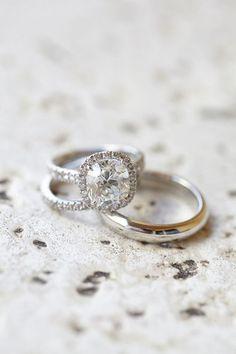 5 Wedding Band Hacks to Make Your Engagement Ring Look Bigger |