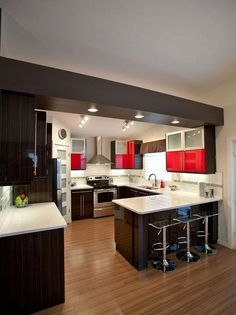Trendy Small Kitchen Remodel U-shape Pictures Kitchen Design Small, Kitchen Cabinet Design, Kitchen Remodel, Kitchen Countertops Pictures, Kitchen Remodel Small, Kitchen Layout, Modern Kitchen Design, Small U Shaped Kitchens, Kitchen Design