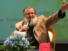 """""""All Muslims don`t need to wear Hijaab"""" ┇FUNNY┇ Sh. Yusuf Estes ┇Smile....."""