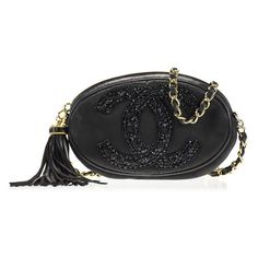 Pre-owned Chanel Sequin Vintage Shoulder Bag (87,590 THB) ❤ liked on Polyvore featuring bags, handbags, shoulder bags, black, black purse, black handbags, vintage black handbag, vintage handbags and chanel