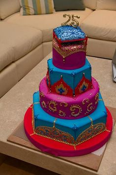 Middle eastern/oriental style cake for exotic Moroccan, Arabian Night party Arabian Nights Theme Party, Arabian Party, Arabian Theme, Jasmin Party, Princess Jasmine Party, Moroccan Theme Party, Aladdin Party, Aladdin Cake, Aladdin Wedding