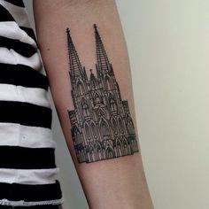 O amor pela arquitetura passa para a pele! Conheça 20 tatoos inspiradas em projetos arquitetônicos ou que demonstra o amor pela profissão