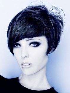 The best collection of Very Short Bob Haircuts Latest and best Very Short bob hairstyles, haircuts, hairstyle trends Layered Haircuts For Women, Short Hairstyles For Thick Hair, Very Short Hair, Short Bob Haircuts, Short Hair Cuts For Women, Short Hair Styles, Female Hairstyles, Hairstyles Pictures, Short Cuts