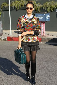 Best Dressed of the week ,Jessica alba in a printed sweatshirt and leather shorts