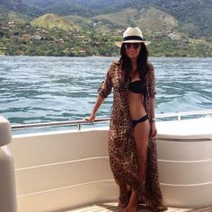 Silvia Braz - Página 91 de 436 - Lifestyle And Fashion Vacation Outfits, Summer Outfits, Outfit Strand, Bootfahren Outfit, Boating Outfit, High Cut Bikini, One Piece Swimwear, Beach Dresses, Fashion Outfits