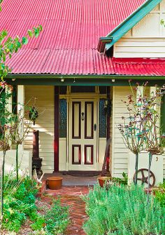 An old worker's cottage in a small Australian outback town | Photo by Paul Donohoe with Pin-It-Button on FineArtAmerica