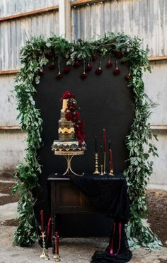 b95fef12eec8c6a7a211753a7855c6b2  wedding cake display cake wedding - Halloween Events! (Spooky) Ideas and Inspiration