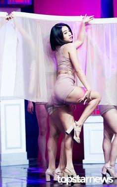 HD kpop pictures and gifs. South Korean Girls, Korean Girl Groups, Sistar Kpop, Yoon Bora, Kim Seol Hyun, Korean Birthday, Japanese Girl Group, Seolhyun, Starship Entertainment