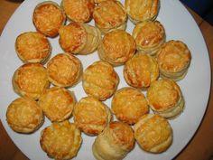 Puha foszlós vajas-sajtos pogácsa Savory Pastry, Snack Recipes, Snacks, Hungarian Recipes, World Recipes, Bakery, Muffin, Food And Drink, Chips
