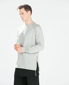 SIDE ZIP SWEATSHIRT from Zara
