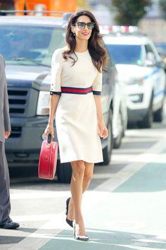 O quê: Um vestido com cinto branco, & nbsp; círculo bolsa, sapatos pretos e óculos oversized Quando: 17 de setembro de 2016 Onde: Mulheres na recepção Mundial organizado pela ONU