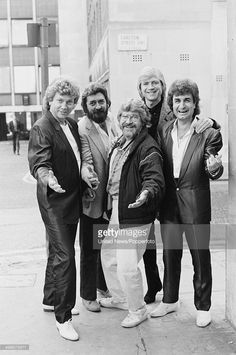 English rock group The Moody Blues posed in London on 11th October 1984. Left to right: <a gi-track='captionPersonalityLinkClicked' href='/galleries/personality/239471' ng-click='$event.stopPropagation()'>John Lodge</a>, Ray Thomas, Graeme Edge, <a gi-track='captionPersonalityLinkClicked' href='/galleries/personality/703151' ng-click='$event.stopPropagation()'>Justin Hayward</a> and Patrick Moraz.