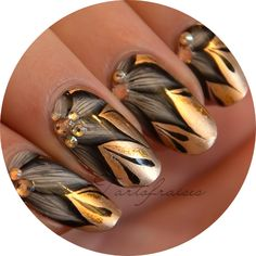20 Latest Nail Art Designs and Ideas for 2014 Hot Nails, Hair And Nails, Fancy Nails, Pretty Nails, Nail Mania, Golden Nails, Gold Nail Art, Latest Nail Art, Flower Nail Art