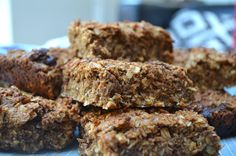 These cashew butter, coconut sugar and raw chocolate chip flapjacks are some of the best things to have come out of my kitchen in a while & they're vegan!