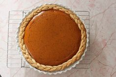 18 of the Prettiest Holiday Pie Crusts You Ever Did See via Brit   Co