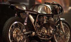 美しすぎるカフェレーサー。HONDA CB750ベースのカスタムがすごすぎてよだれが止まらない。 - LAWRENCE(ロレンス) - Motorcycle x Cars + α = Your Life.