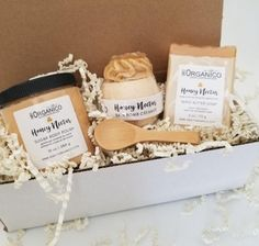 Honey Nectar Spa Gift Set - Yes / Yes - Please include your message in the \Add Comments\ section in your cart