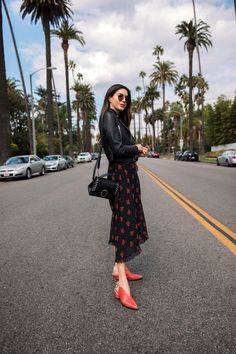 How To Add A Pop Of Color To Any Outfit https://www.thriftsandthreads.com/a-pop-of-color/?utm_campaign=coschedule&utm_source=pinterest&utm_medium=Thrifts%20and%20Threads&utm_content=How%20To%20Add%20A%20Pop%20Of%20Color%20To%20Any%20Outfit