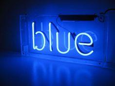 Blue suck discovered by b on We Heart It - ✧i тнinĸ oғ вlυe wнen i dreaм oғ Yoυ✧ aesthetic ~blue~ neon light - Azul Cyan, Neon Azul, Neon Bleu, Blue Aesthetic Dark, Aesthetic Colors, Aesthetic Grunge, Image Bleu, Photo Bleu, Blue Sargent